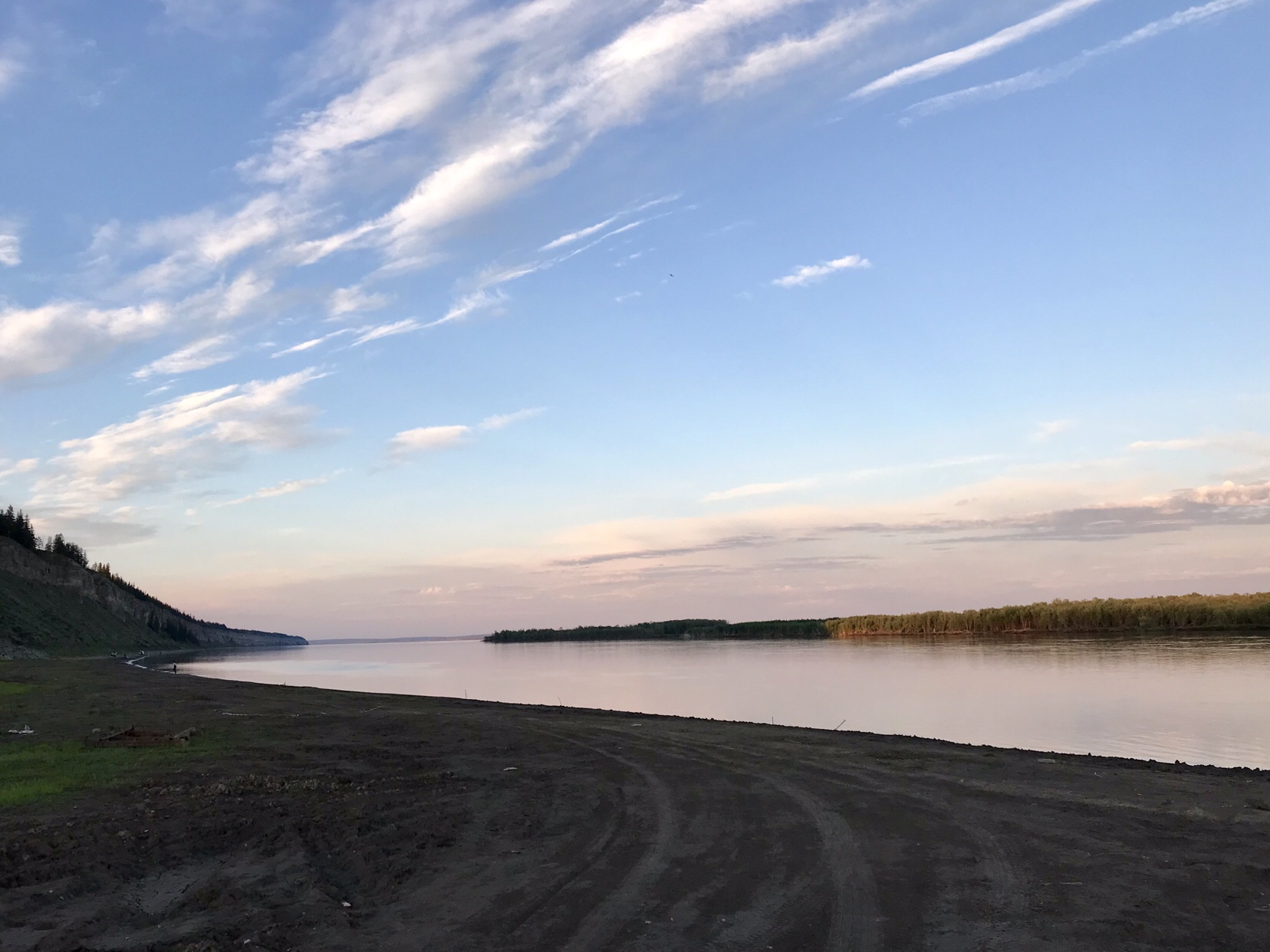 Offroad-Reise mit dem Pickup Truck auf dem Sibirischen Trakt in den Fernen Osten Russlands